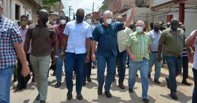 ¡Abajo el Bloqueo contra Cuba!